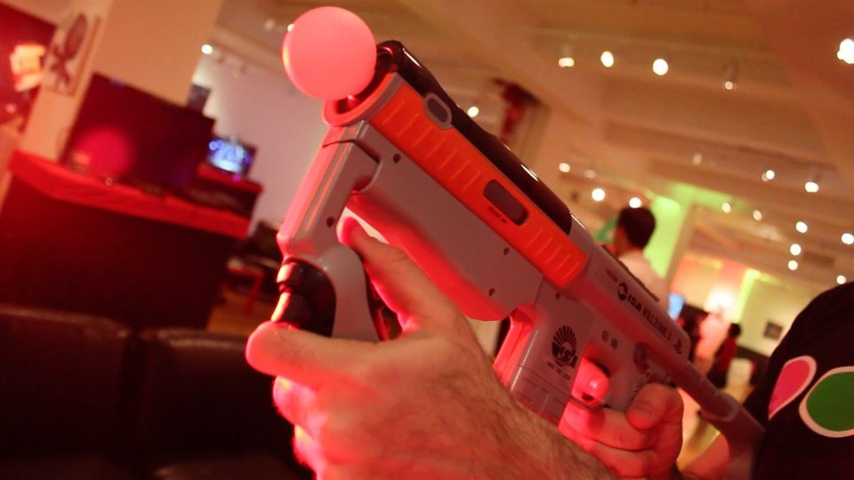 Resistance 3 Will Support 3D, PlayStation Move Sharp Shooter Thanks to Community Demand